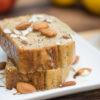 Pan de semillas de amapola y almendras
