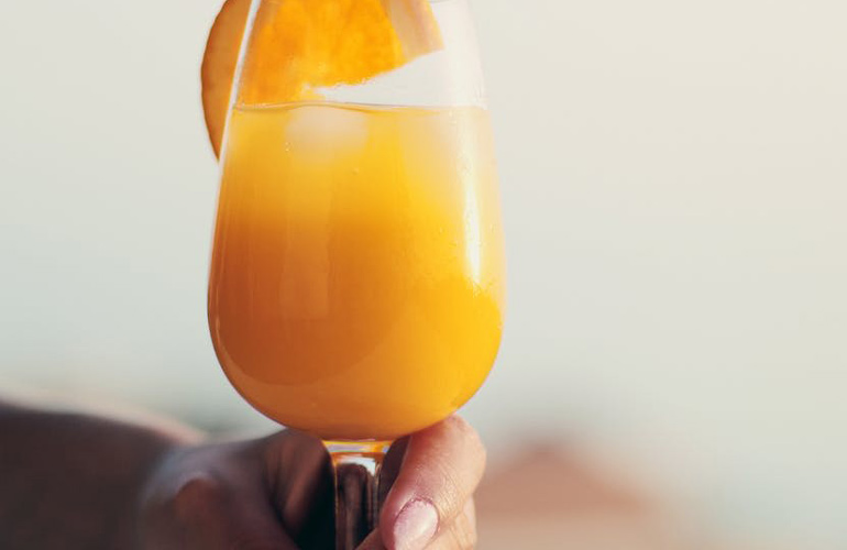 bajo en calorías-zumo-zumo naranja