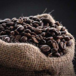 super-cafe-leche-cafe-granos