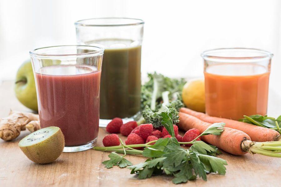 Cómo hacer zumo de verduras y frutas